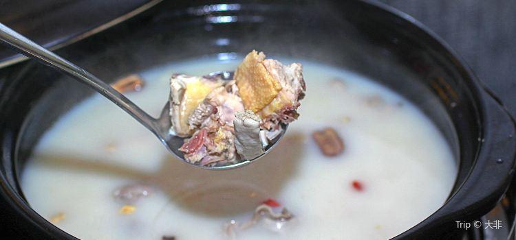 撈緣豬肚雞火鍋(東二環店)1