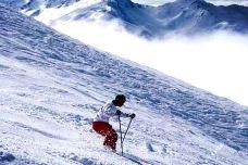牧护关滑雪场-商洛-一个大橙子