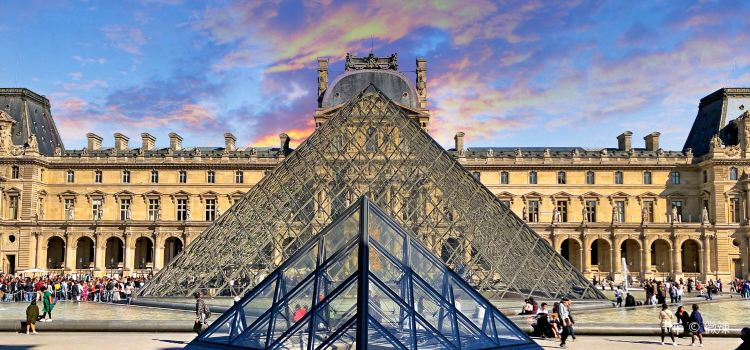 Louvre Museum3
