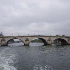 ロワイヤル橋のユーザー投稿写真