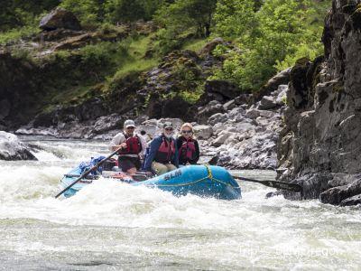 RiverRun Rafting