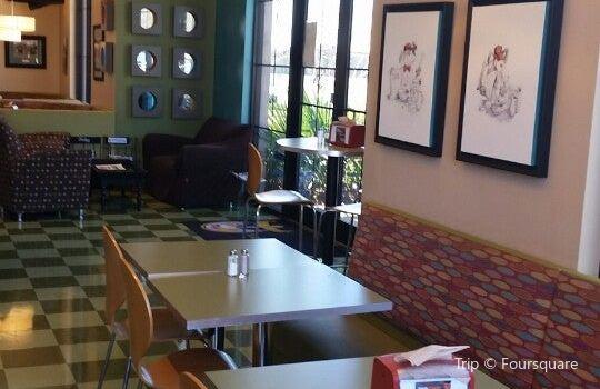 Beagle Bagel Cafe2