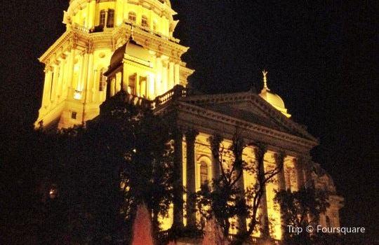 Illinois State Capitol1