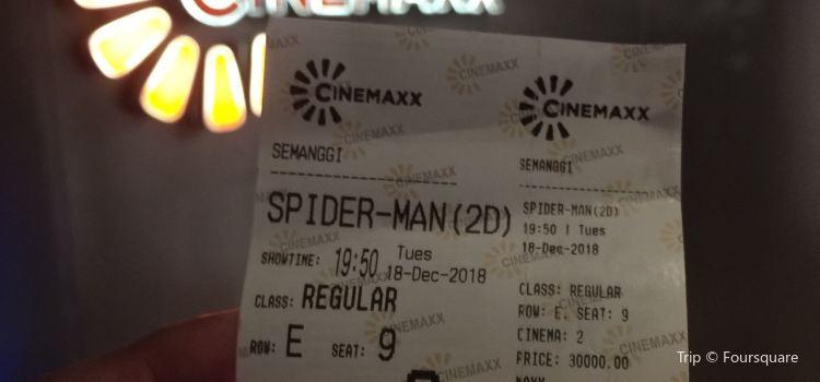 Cinemaxx3