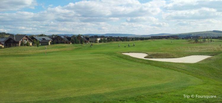 Black Stork Golf Resort1