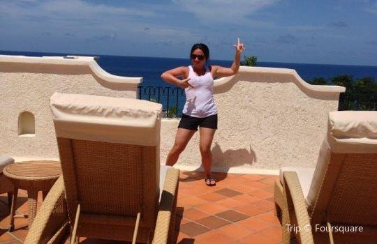 Smugglers Cove Resort & Spa3
