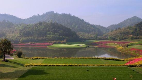 龍王溪高爾夫會所