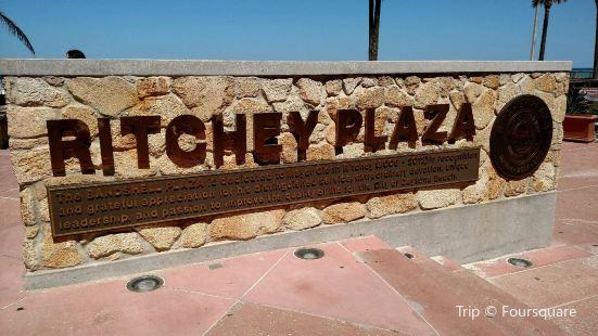 Ritchey Plaza