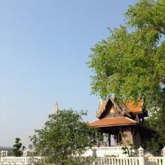 Santichaiprakan Park User Photo