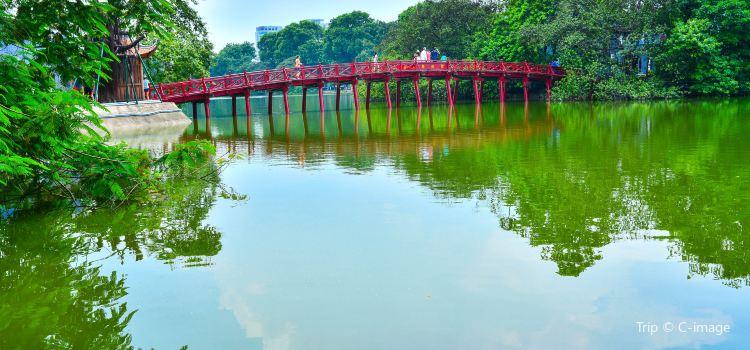 호안끼엠 호수