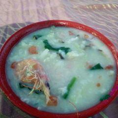 Dong Hai Long Gong ( Ming Xing Restaurant10 Nian Lao ) User Photo