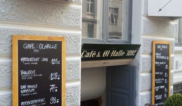 Cafe & Olhalle 18923