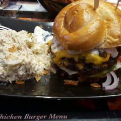Lucky 7 Burgers & More User Photo