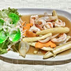 Kampong Kata Hill Restaurant User Photo