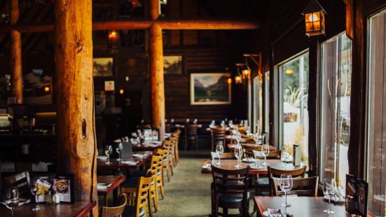 Melissa's Restaurant and Bar
