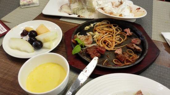初客牛排西餐廳(華強城店)