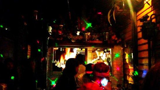Chuckle Park Bar