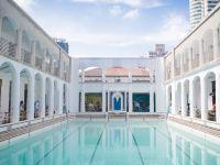 上海半個朋友圈的網紅都在這個游泳池邊,卻不准你下水!