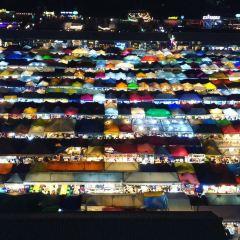 Train Night Market Ratchada User Photo