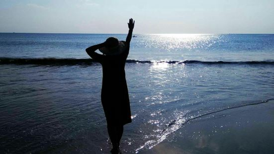 Sanur Beach Seawalker