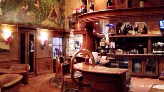 Vintages Wine Bar & Lounge