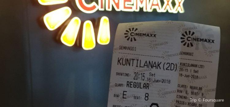 Cinemaxx2