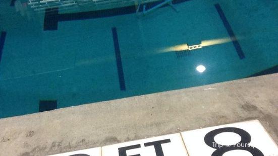 Com Aquatics