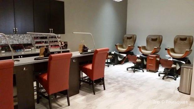 A Glo Spa & Salon Co