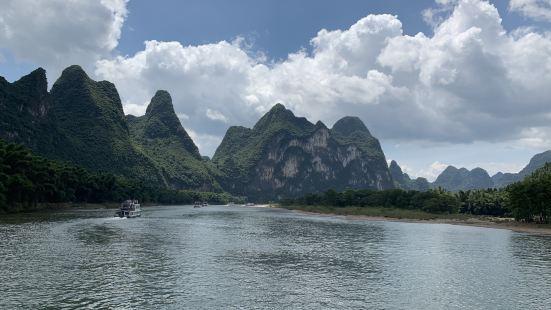 漓江盛景號遊船