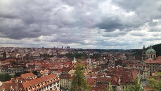 Tour 4 Charity Prague
