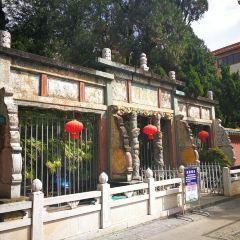 Latticework Star Door of Temple of Literature User Photo