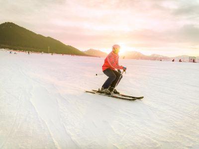 糸紬之路国際滑雪場