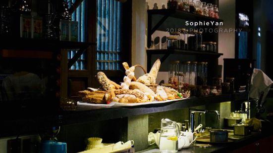 法雲安縵咖啡屋
