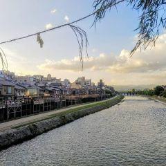 Shijo Bridge User Photo
