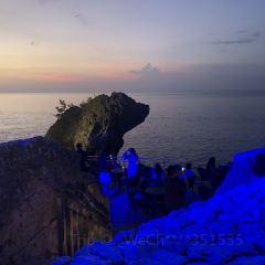 바투 볼롱 비치 여행 사진