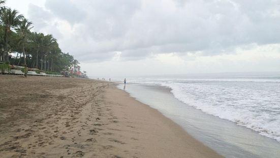 Petitenget Beach