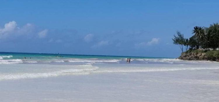 迪亞尼海灘
