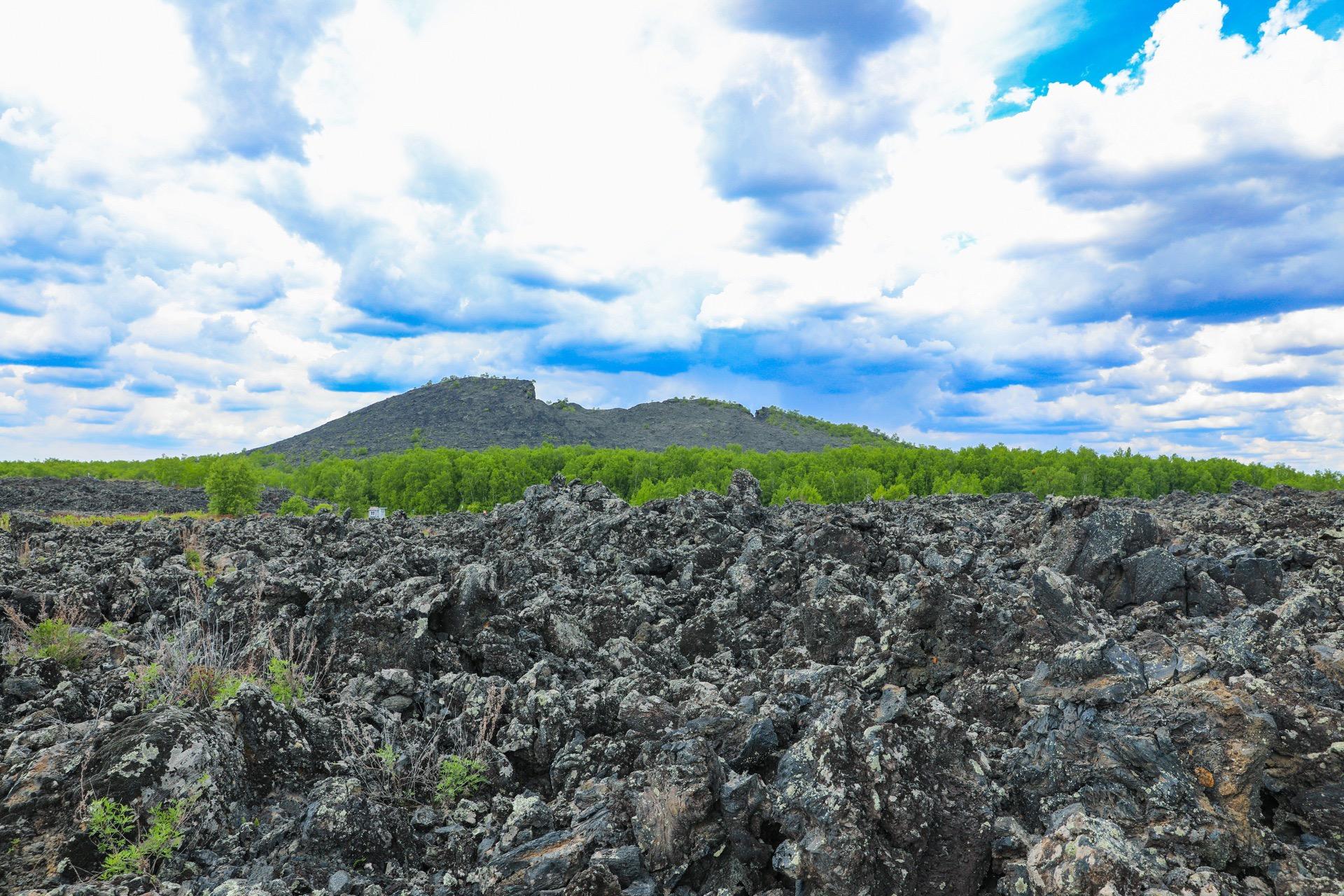 Laohei Mountain