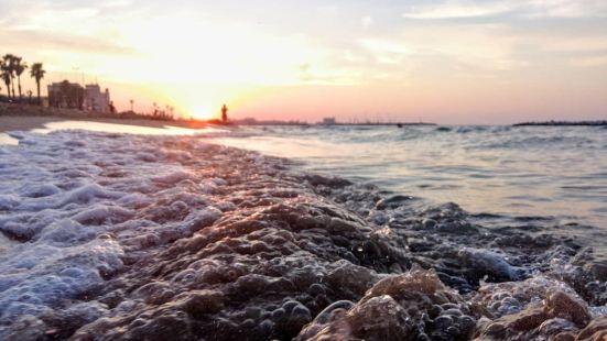 帕尼與波莫多羅海灘