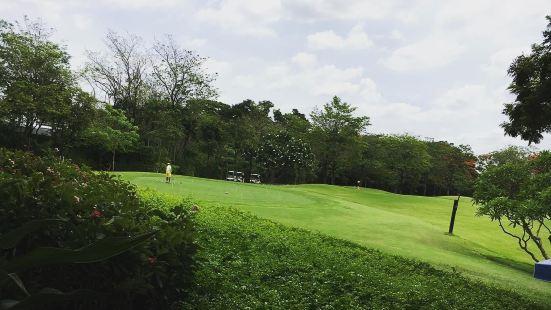 納瓦塔尼高爾夫俱樂部