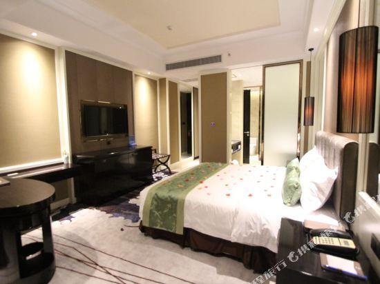 維納斯皇家酒店(佛山南海萬達廣場店)(原凱利萊國際酒店)(Venus Royal Hotel (Foshan Nanhai Wanda Plaza))行政大床房
