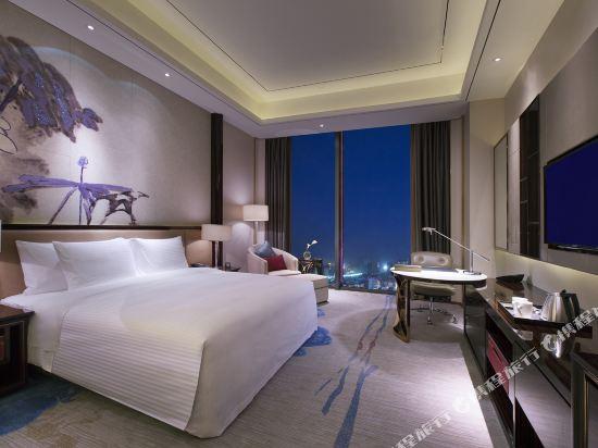 東莞萬達文華酒店豪華大床房