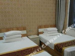 呼瑪皇冠商務酒店