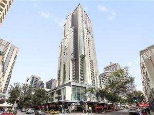 布里斯班奧克斯節日塔樓公寓(Oaks Festival Towers Brisbane)