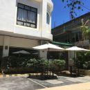 普林塞薩港IPIL套房酒店(Ipil Suites Puerto Princesa Palawan)