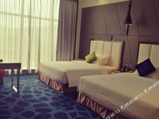 中山萬維酒店(Winway Hotel)豪華雙人房
