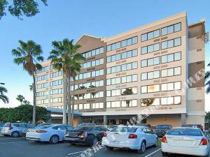 勞德代爾堡機場及游輪港口旅館(Fort Lauderdale Airport/Cruise Port Inn)