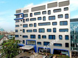 卡利比亞精品酒店