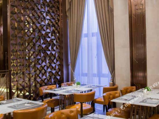 和頤至尊酒店(上海南京路步行街店)(Yitel Premium (Shanghai Nanjing Road Pedestrian Street))餐廳