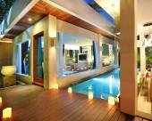 巴厘島金巴蘭樹葉度假酒店